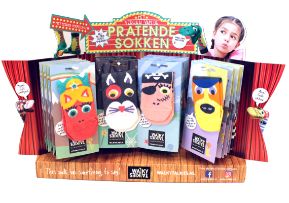 toonbankdisplay - walky talkies - sokken - ebc golfkarton - monsterbox1